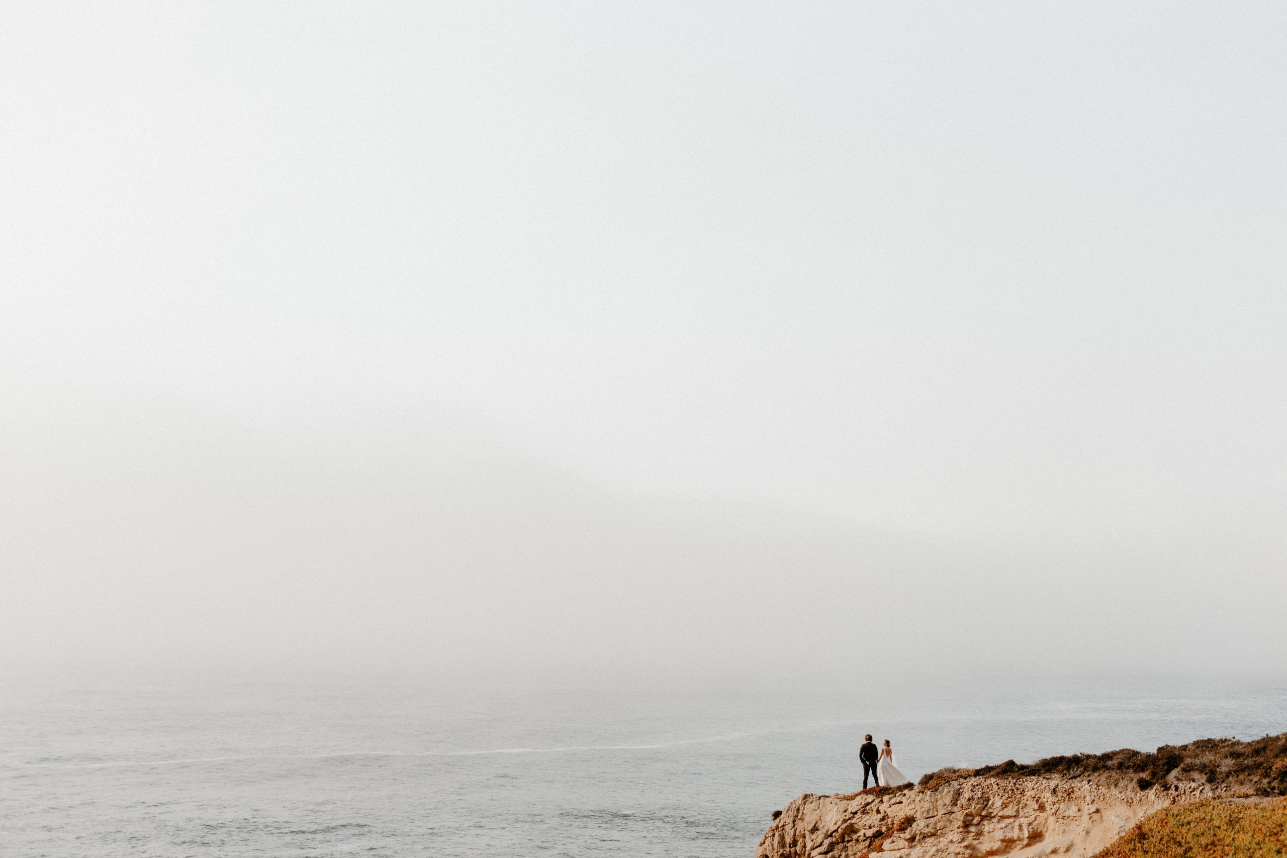carmel cliffside wedding portraits