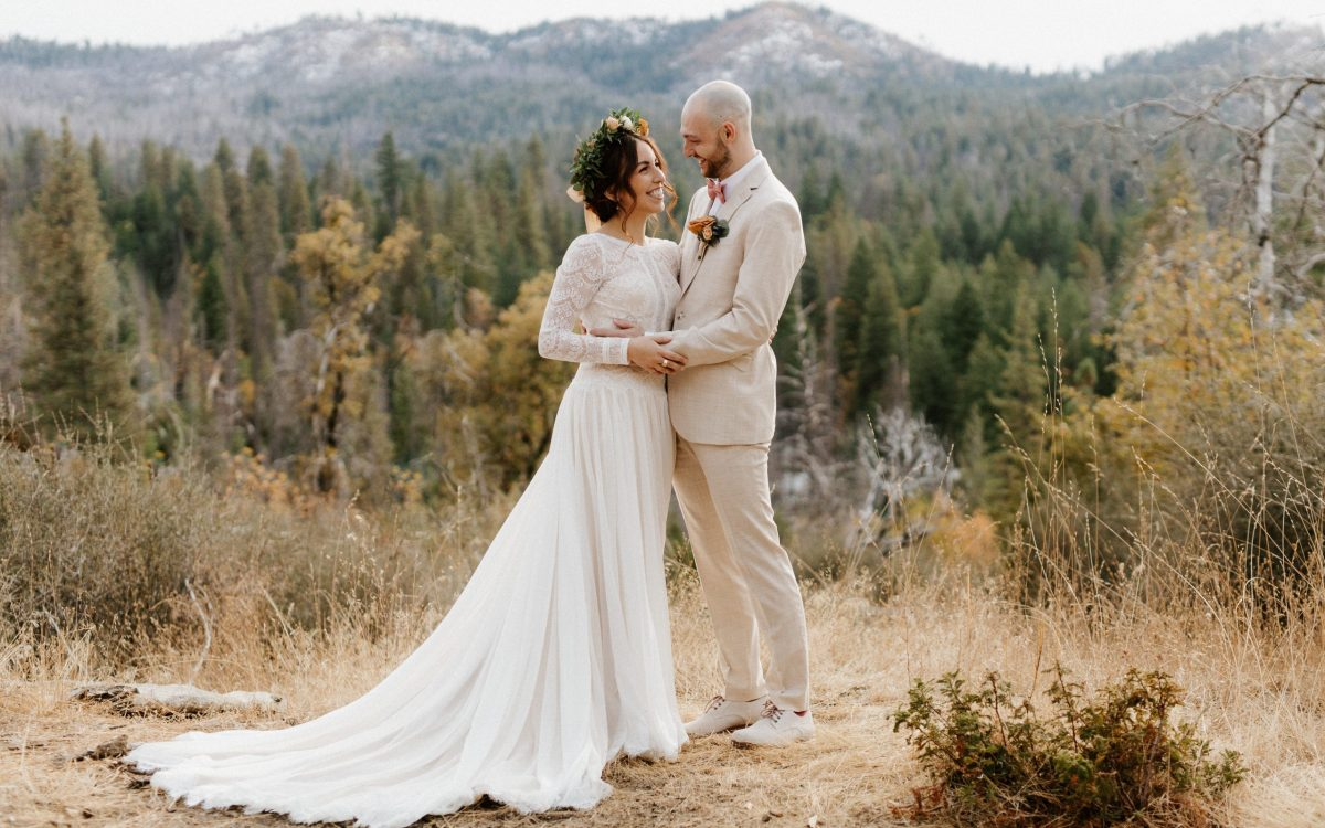 Rush Creek Lodge Wedding in Yosemite // Aaron + Ale